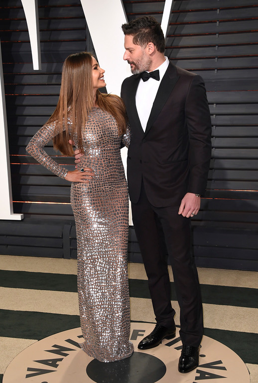 . Sofía Vergara, left, and Joe Manganiello arrive at the Vanity Fair Oscar Party on Sunday, Feb. 26, 2017, in Beverly Hills, Calif. (Photo by Evan Agostini/Invision/AP)