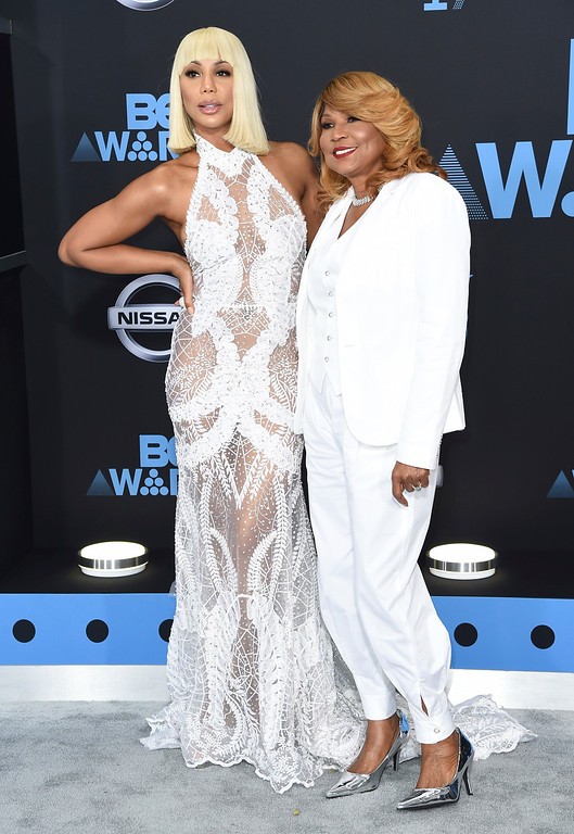 . Tamar Braxton, left, and Evelyn Braxton arrive at the BET Awards at the Microsoft Theater on Sunday, June 25, 2017, in Los Angeles. (Photo by Richard Shotwell/Invision/AP)