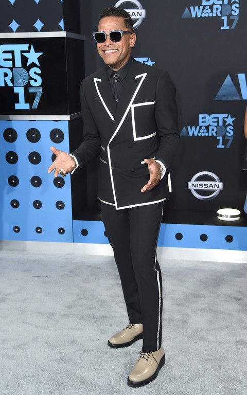. Maxwell arrives at the BET Awards at the Microsoft Theater on Sunday, June 25, 2017, in Los Angeles. (Photo by Richard Shotwell/Invision/AP)
