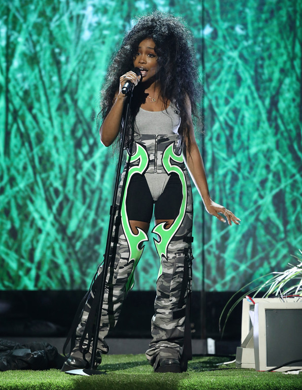 """. SZA performs \""""Love Galore\"""" at the BET Awards at the Microsoft Theater on Sunday, June 25, 2017, in Los Angeles. (Photo by Matt Sayles/Invision/AP)"""