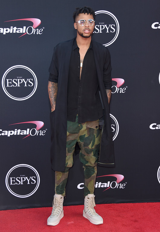 . NBA basketball player D\'Angelo Russell, of the Los Angeles Lakers, arrives at the ESPYS at the Microsoft Theater on Wednesday, July 12, 2017, in Los Angeles. (Photo by Jordan Strauss/Invision/AP)