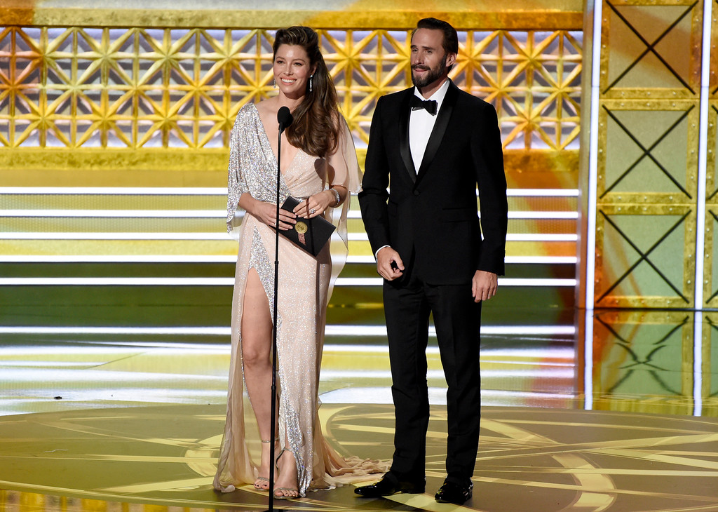 . Jessica Biel, left, and Joseph Fiennes present the award for outstanding lead actor in a limited series or a movie at the 69th Primetime Emmy Awards on Sunday, Sept. 17, 2017, at the Microsoft Theater in Los Angeles. (Photo by Chris Pizzello/Invision/AP)