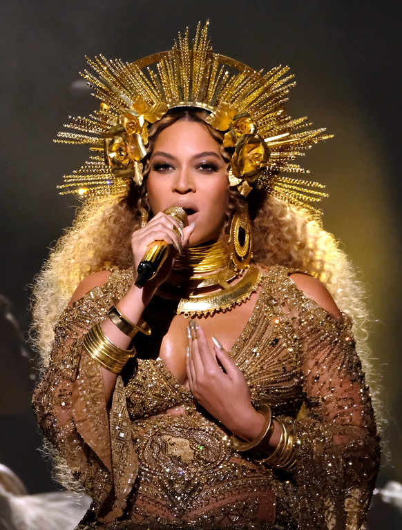. LOS ANGELES, CA - FEBRUARY 12:  Singer Beyonce performs during The 59th GRAMMY Awards at STAPLES Center on February 12, 2017 in Los Angeles, California.  (Photo by Larry Busacca/Getty Images for NARAS)