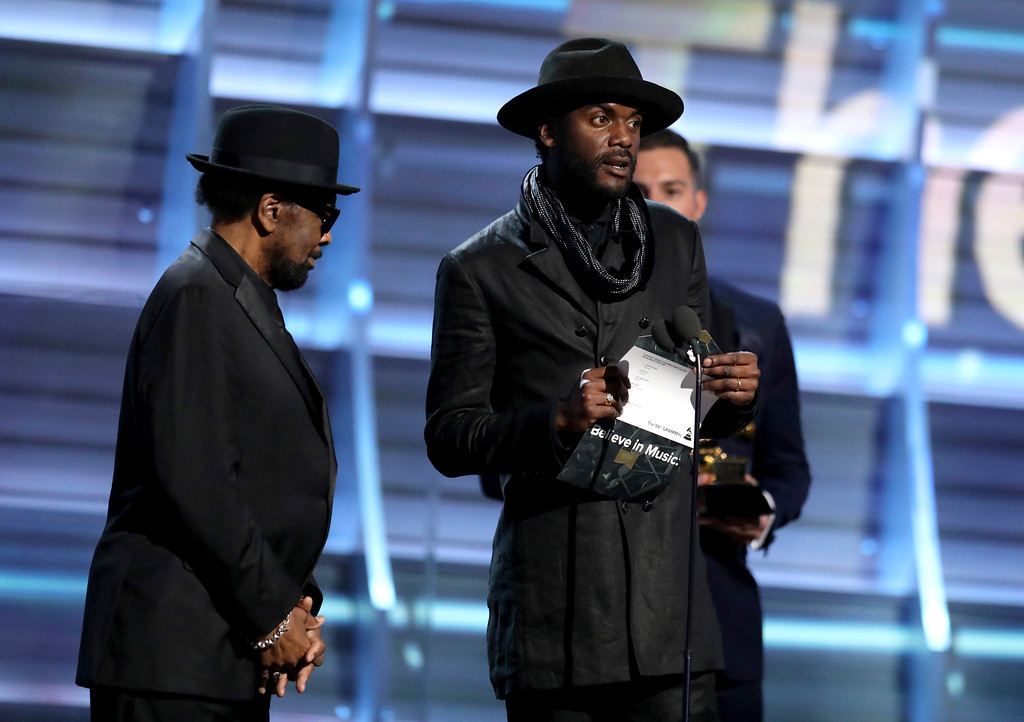 . William Bell, left, and Gary Clark Jr. present the award for best urban contemporary album at the 59th annual Grammy Awards on Sunday, Feb. 12, 2017, in Los Angeles. (Photo by Matt Sayles/Invision/AP)