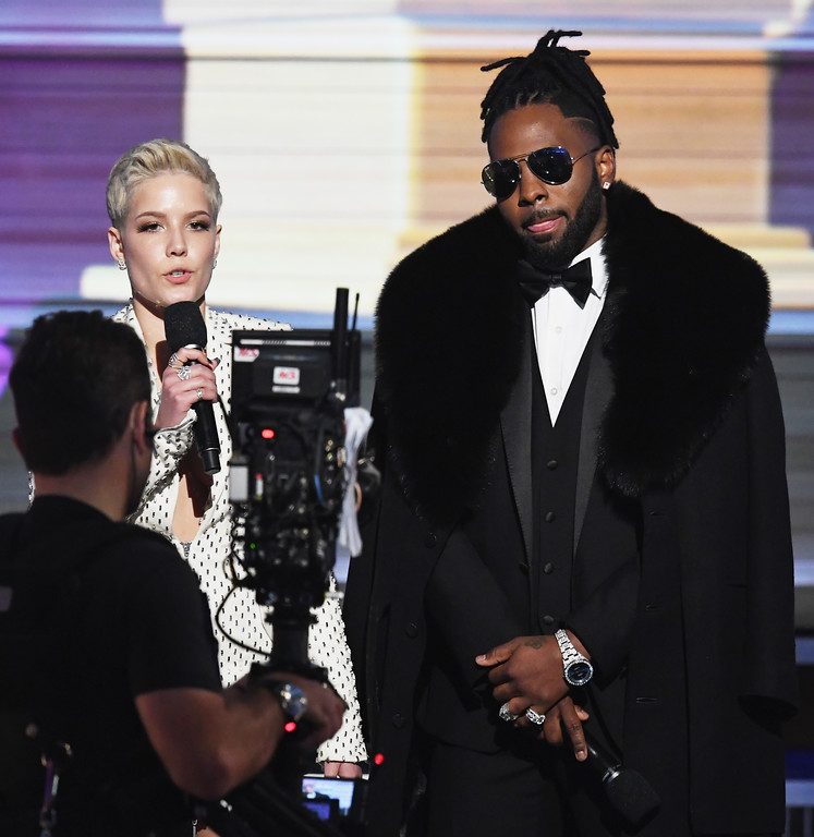 . LOS ANGELES, CA - FEBRUARY 12:  Recording artists Halsey (L) and Jason Derulo speak onstage during The 59th GRAMMY Awards at STAPLES Center on February 12, 2017 in Los Angeles, California.  (Photo by Kevin Winter/Getty Images for NARAS)