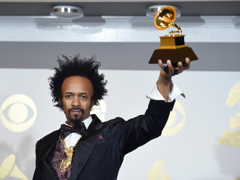 """. Fantastic Negrito poses backstage with the award for best contemporary blues album for \""""The Last Days of Oakland\"""" at the 59th annual Grammy Awards at the Staples Center on Sunday, Feb. 12, 2017, in Los Angeles. (Photo by Chris Pizzello/Invision/AP)"""