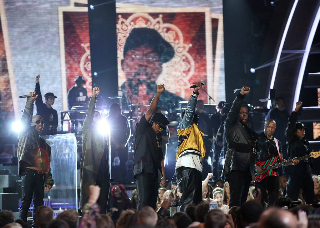 . Anderson .Paak, second from left, and Ali Shaheed Muhammad, from left, Q-Tip, Phife Dawg, and Jarobi White, from A Tribe Called Quest, perform at the 59th annual Grammy Awards on Sunday, Feb. 12, 2017, in Los Angeles. (Photo by Matt Sayles/Invision/AP)