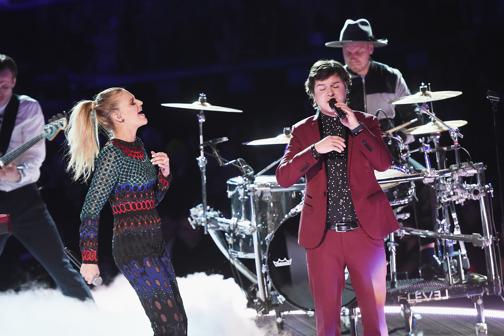 . LOS ANGELES, CA - FEBRUARY 12:  Recording artist Kelsea Ballerini (L) and recording artist Lukas Forchhammer of music group Lukas Graham perform onstage during The 59th GRAMMY Awards at STAPLES Center on February 12, 2017 in Los Angeles, California.  (Photo by Kevin Winter/Getty Images for NARAS)