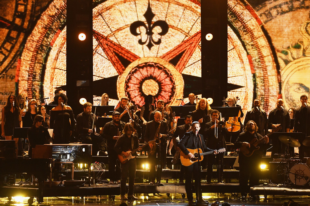 . LOS ANGELES, CA - FEBRUARY 12:  Recording artist Sturgill Simpson (C) performs onstage during The 59th GRAMMY Awards at STAPLES Center on February 12, 2017 in Los Angeles, California.  (Photo by Kevin Winter/Getty Images for NARAS)