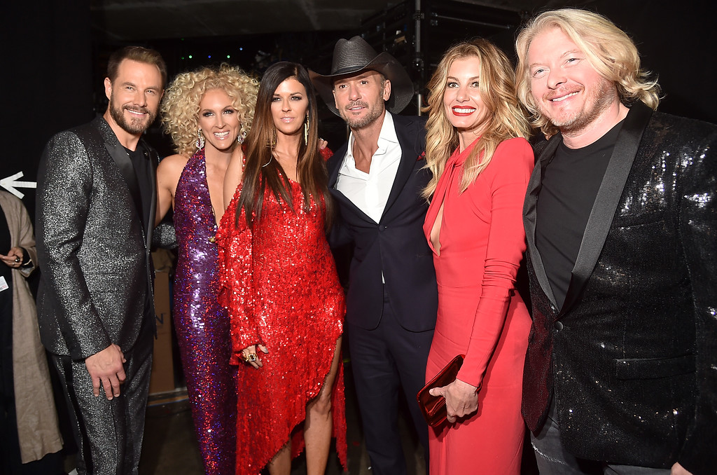 . LOS ANGELES, CA - FEBRUARY 12:  (L-R) Jimi Westbrook, Kimberly Schlapman, Karen Fairchild, Tim McGraw, Faith Hill and Philip Sweet backstage at The 59th GRAMMY Awards at STAPLES Center on February 12, 2017 in Los Angeles, California.  (Photo by Alberto E. Rodriguez/Getty Images for NARAS)