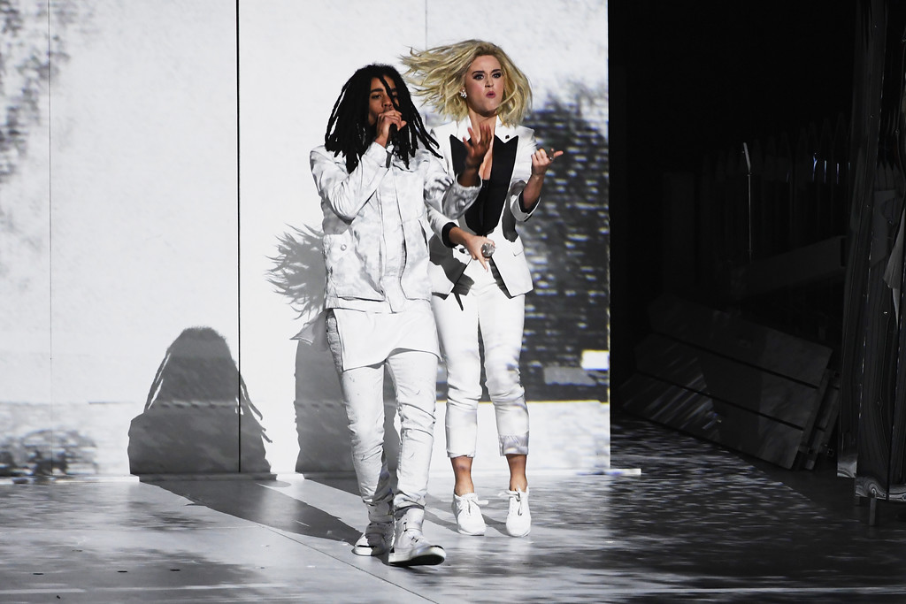 . LOS ANGELES, CA - FEBRUARY 12:  Recording artists Skip Marley (L) and Katy Perry perform onstage during The 59th GRAMMY Awards at STAPLES Center on February 12, 2017 in Los Angeles, California.  (Photo by Kevin Winter/Getty Images for NARAS)