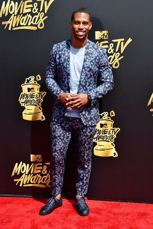 . LOS ANGELES, CA - MAY 07:  NFL player Victor Cruz  attends the 2017 MTV Movie And TV Awards at The Shrine Auditorium on May 7, 2017 in Los Angeles, California.  (Photo by Frazer Harrison/Getty Images)