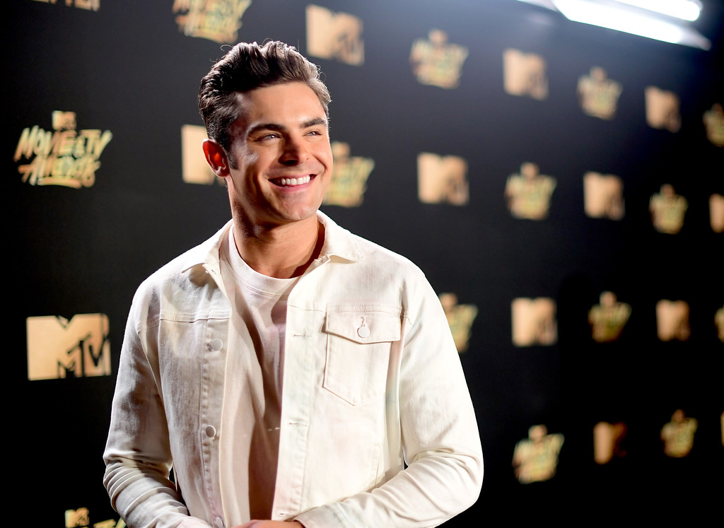 . LOS ANGELES, CA - MAY 07:  Actor Zac Efron attends the 2017 MTV Movie And TV Awards at The Shrine Auditorium on May 7, 2017 in Los Angeles, California.  (Photo by Matt Winkelmeyer/Getty Images)