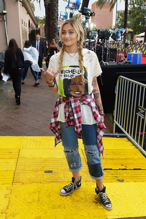. LOS ANGELES, CA - MAY 07:  Paris Jackson attends the 2017 MTV Movie And TV Awards at The Shrine Auditorium on May 7, 2017 in Los Angeles, California.  (Photo by Matt Winkelmeyer/Getty Images)
