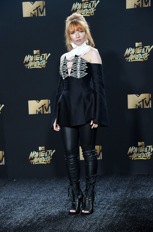 . Stef Dawson arrives at the MTV Movie and TV Awards at the Shrine Auditorium on Sunday, May 7, 2017, in Los Angeles. (Photo by Richard Shotwell/Invision/AP)