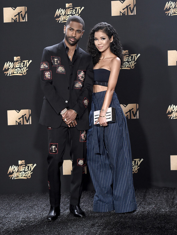 . Big Sean, left, and Jhene Aiko arrive at the MTV Movie and TV Awards at the Shrine Auditorium on Sunday, May 7, 2017, in Los Angeles. (Photo by Richard Shotwell/Invision/AP)