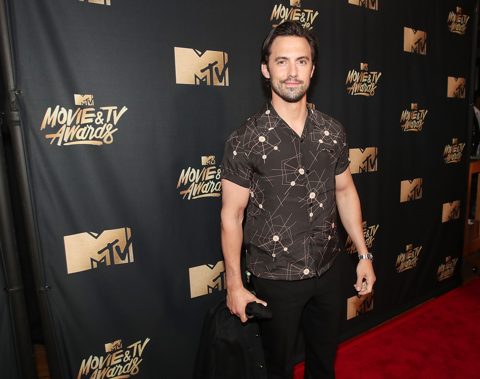 . LOS ANGELES, CA - MAY 07:  Actor Milo Ventimiglia attends the 2017 MTV Movie And TV Awards at The Shrine Auditorium on May 7, 2017 in Los Angeles, California.  (Photo by Christopher Polk/Getty Images)