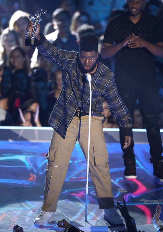 . Khalid accepts the award for best new artist at the MTV Video Music Awards at The Forum on Sunday, Aug. 27, 2017, in Inglewood, Calif. (Photo by Matt Sayles/Invision/AP)