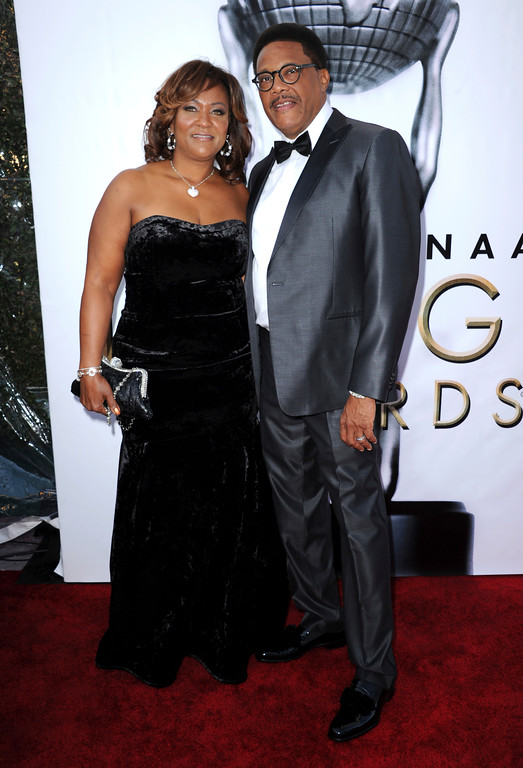 . Linda Reese, left, and Greg Mathis arrive at the 48th annual NAACP Image Awards at the Pasadena Civic Auditorium on Saturday, Feb 11, 2017, in Pasadena, Calif. (Photo by Richard Shotwell/Invision/AP)