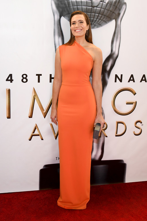. PASADENA, CA - FEBRUARY 11:  Actress Mandy Moore attends the 48th NAACP Image Awards at Pasadena Civic Auditorium on February 11, 2017 in Pasadena, California.  (Photo by Paras Griffin/Getty Images )