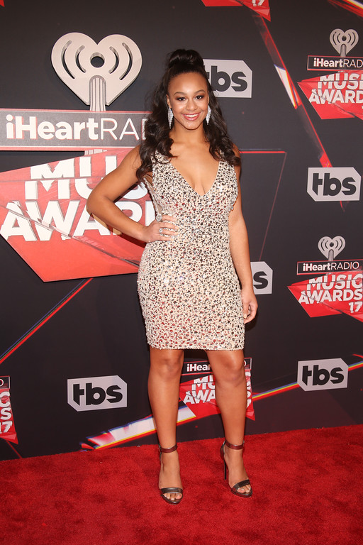 . INGLEWOOD, CA - MARCH 05:  Dancer Nia Sioux attends the 2017 iHeartRadio Music Awards which broadcast live on Turner\'s TBS, TNT, and truTV at The Forum on March 5, 2017 in Inglewood, California.  (Photo by Jesse Grant/Getty Images for iHeartMedia)