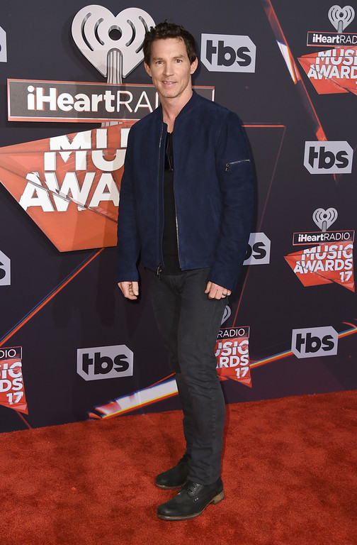 . Shawn Hatosy arrives at the iHeartRadio Music Awards at the Forum on Sunday, March 5, 2017, in Inglewood, Calif. (Photo by Jordan Strauss/Invision/AP)