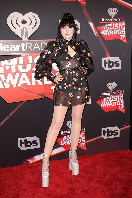 . INGLEWOOD, CA - MARCH 05:  Singer Noah Cyrus attends the 2017 iHeartRadio Music Awards which broadcast live on Turner\'s TBS, TNT, and truTV at The Forum on March 5, 2017 in Inglewood, California.  (Photo by Jesse Grant/Getty Images for iHeartMedia)