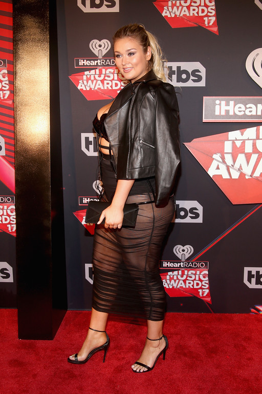 . INGLEWOOD, CA - MARCH 05:  Model Hunter McGrady attends the 2017 iHeartRadio Music Awards which broadcast live on Turner\'s TBS, TNT, and truTV at The Forum on March 5, 2017 in Inglewood, California.  (Photo by Jesse Grant/Getty Images for iHeartMedia)