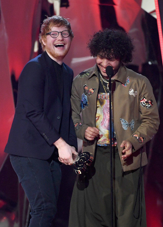 . INGLEWOOD, CA - MARCH 05:  Songwriters Ed Sheeran (L) and Benny Blanco accept Best Lyrics for \'Love Yourself\' (song by Justin Bieber) onstage at the 2017 iHeartRadio Music Awards which broadcast live on Turner\'s TBS, TNT, and truTV at The Forum on March 5, 2017 in Inglewood, California.  (Photo by Kevin Winter/Getty Images for iHeartMedia)