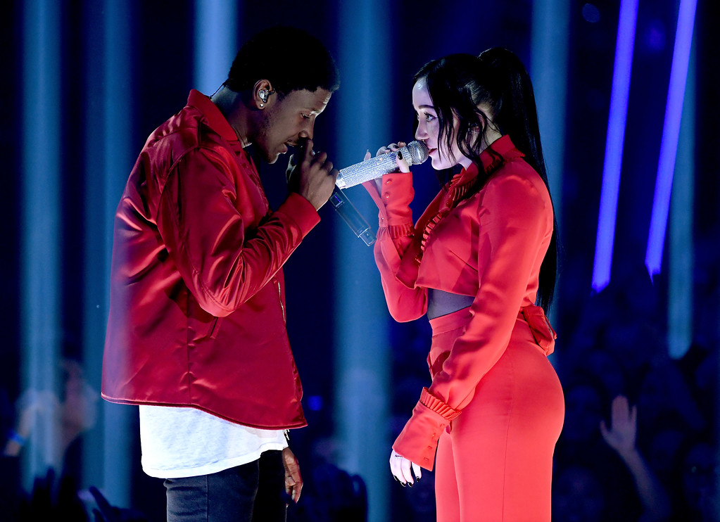 . INGLEWOOD, CA - MARCH 05:  Singers Labrinth (L) and Noah Cyrus perform onstage at the 2017 iHeartRadio Music Awards which broadcast live on Turner\'s TBS, TNT, and truTV at The Forum on March 5, 2017 in Inglewood, California.  (Photo by Kevin Winter/Getty Images for iHeartMedia)