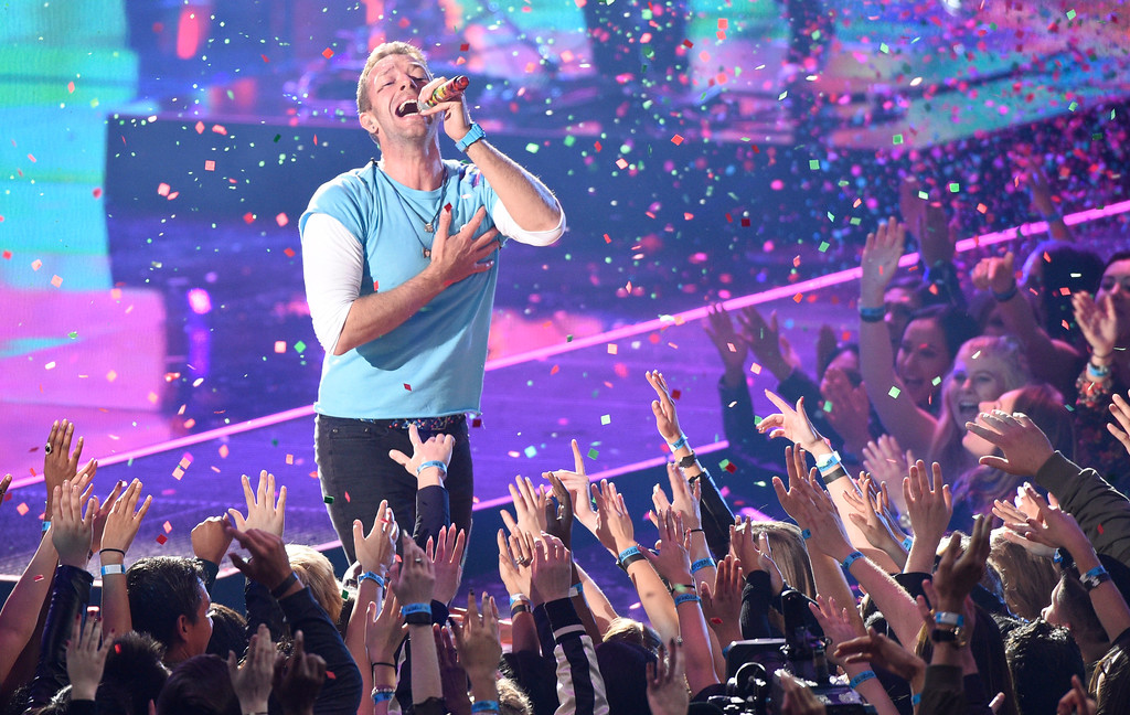 . Chris Martin performs at the iHeartRadio Music Awards at the Forum on Sunday, March 5, 2017, in Inglewood, Calif. (Photo by Chris Pizzello/Invision/AP)