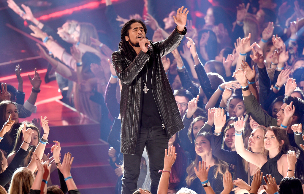 ". Skip Marley performs ""Chained to the Rhythm\"" at the iHeartRadio Music Awards at the Forum on Sunday, March 5, 2017, in Inglewood, Calif. (Photo by Chris Pizzello/Invision/AP)"