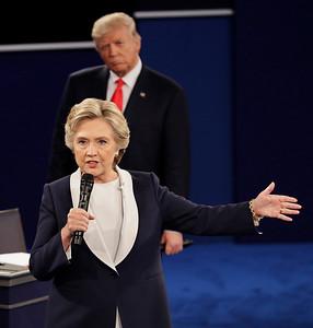 APTOPIX Campaign 2016 Debate