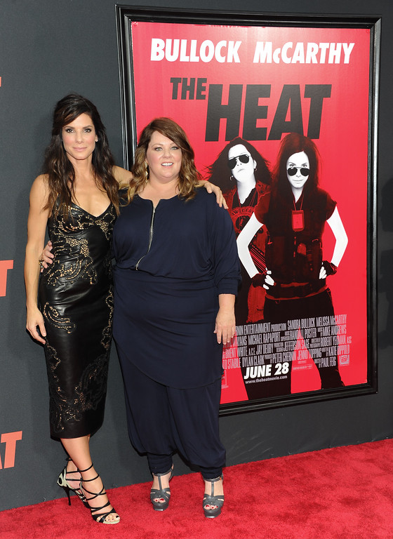 ". Actors Sandra Bullock, left, and Melissa McCarthy attend ""The Heat\"" premiere at the Ziegfeld Theatre on Sunday, June 23, 2013 in New York. (Photo by Evan Agostini/Invision/AP)"