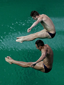 609484769MB00032_Diving_Oly