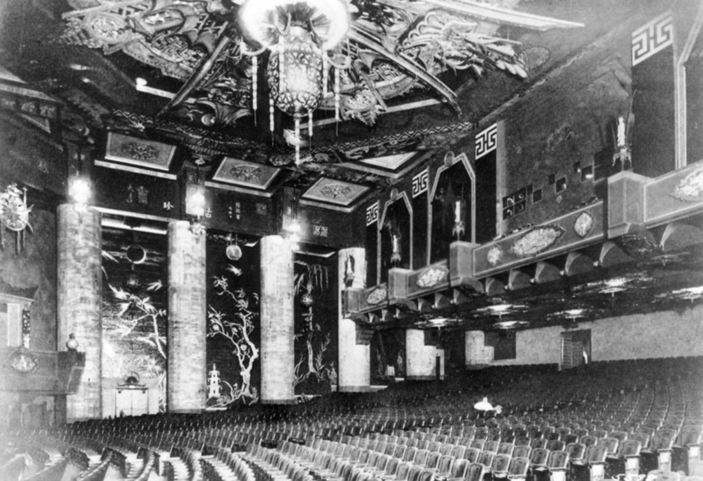 . 1927: Auditorium interior of Grauman\'s Chinese Theater. (Courtesy Los Angeles Public Library)