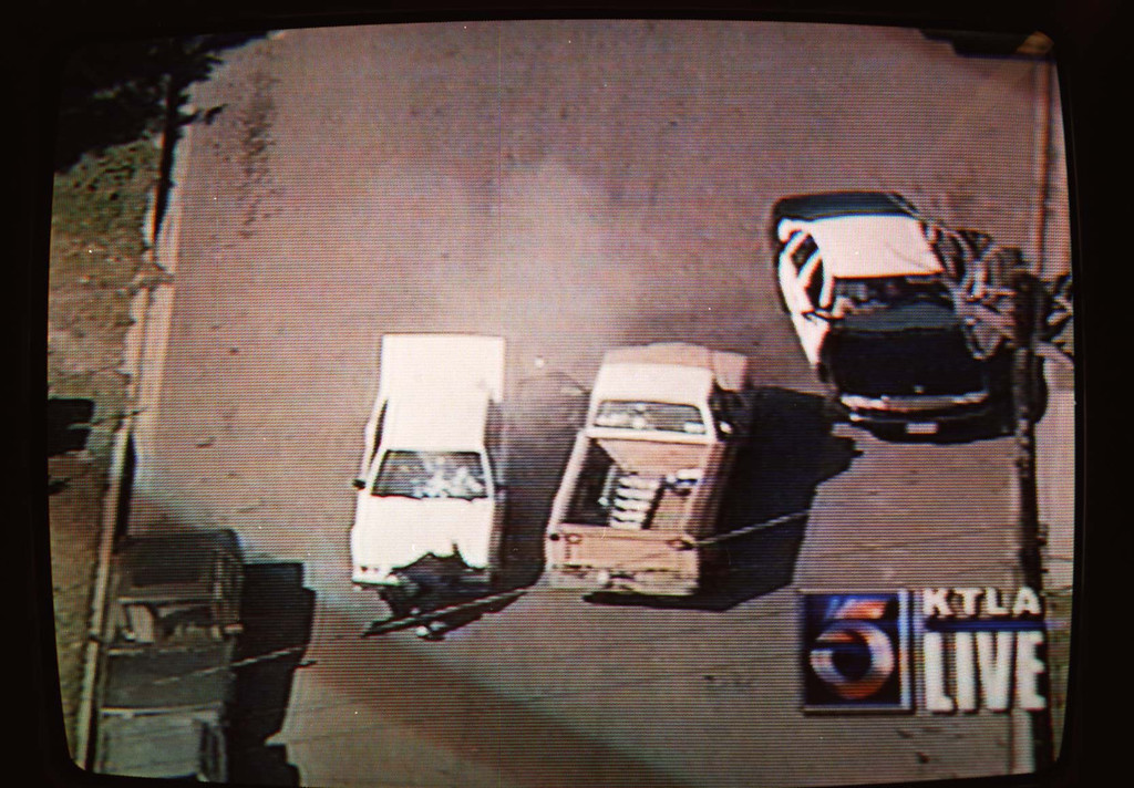 . A gunbattle in which police ultimately shot and killed a suspect was shown on live television.   (Courtesy of KTLA-TV)
