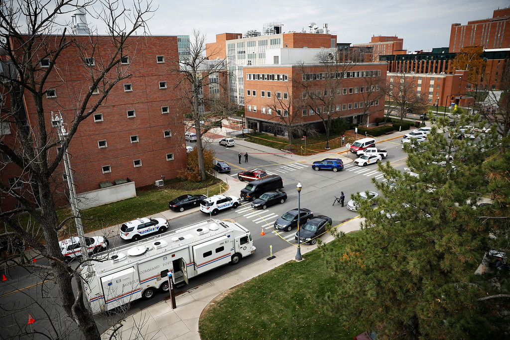 . Police respond to an attack on campus at Ohio State University, Monday, Nov. 28, 2016, in Columbus, Ohio. (AP Photo/John Minchillo)