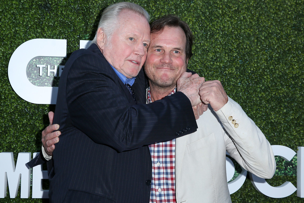 . Jon Voight, left, and Bill Paxton arrive at the Summer TCA CBS, CW, Showtime Party at Pacific Design Center on Wednesday, Aug. 10, 2016, in West Hollywood, Calif. (Photo by Rich Fury/Invision/AP)