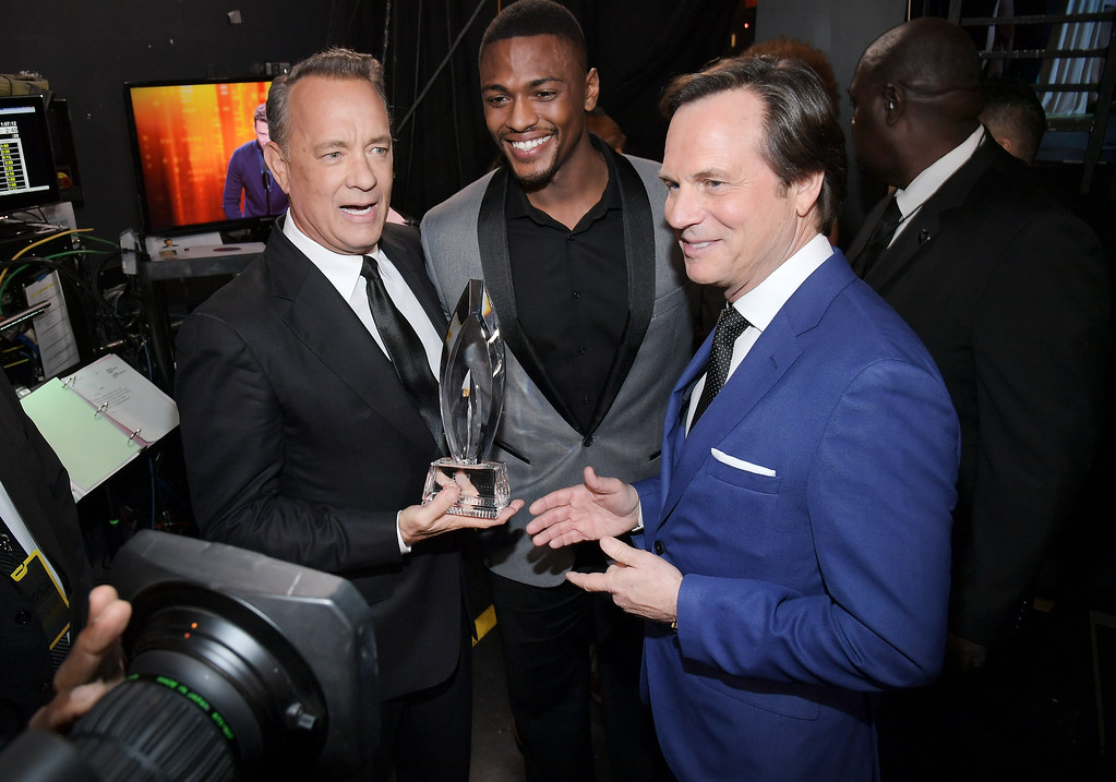 . LOS ANGELES, CA - JANUARY 18:  (L-R) Actors Tom Hanks, winner of the Favorite Dramatic Movie Actor award, Justin Cornwell and Bill Paxton attend the People\'s Choice Awards 2017 at Microsoft Theater on January 18, 2017 in Los Angeles, California.  (Photo by Charley Gallay/Getty Images for People\'s Choice Awards)