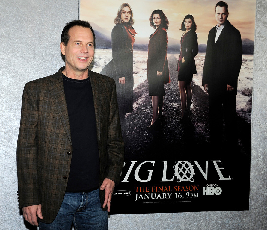 """. Bill Paxton, a cast member in the HBO series \""""Big Love,\"""" poses at the Season 5 premiere in Los Angeles, Wednesday, Jan. 12, 2011. (AP Photo/Chris Pizzello)"""