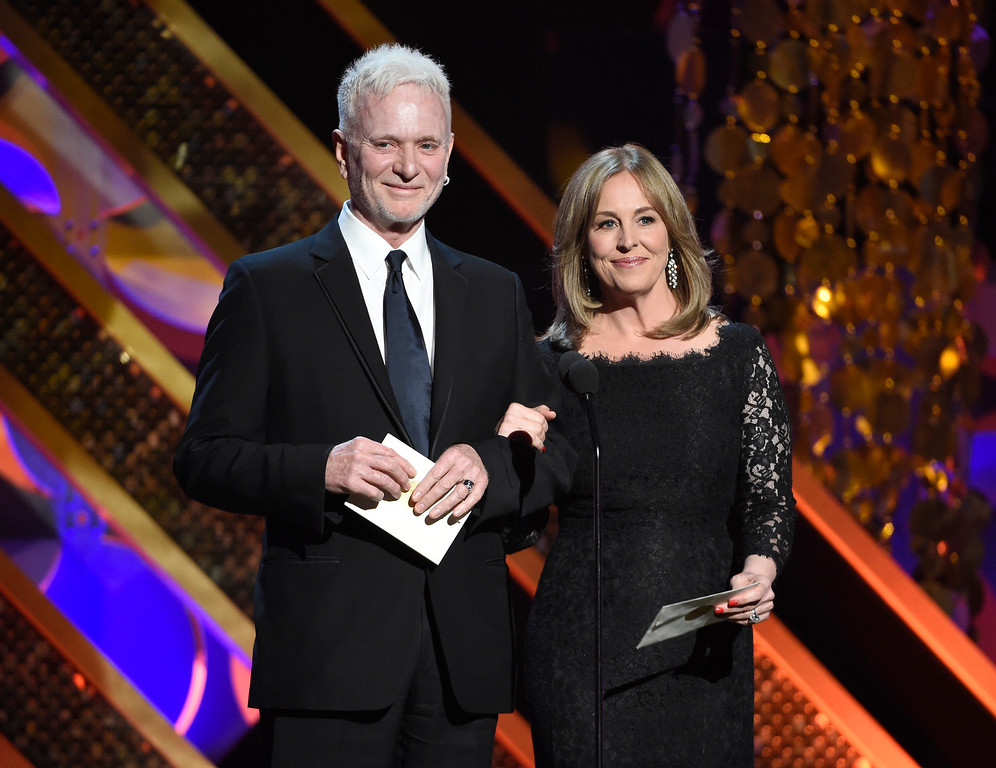 . Anthony Geary, left, and Genie Francis present the award for outstanding drama series at the 42nd annual Daytime Emmy Awards at Warner Bros. Studios on Sunday, April 26, 2015, in Burbank, Calif. (Photo by Chris Pizzello/Invision/AP)