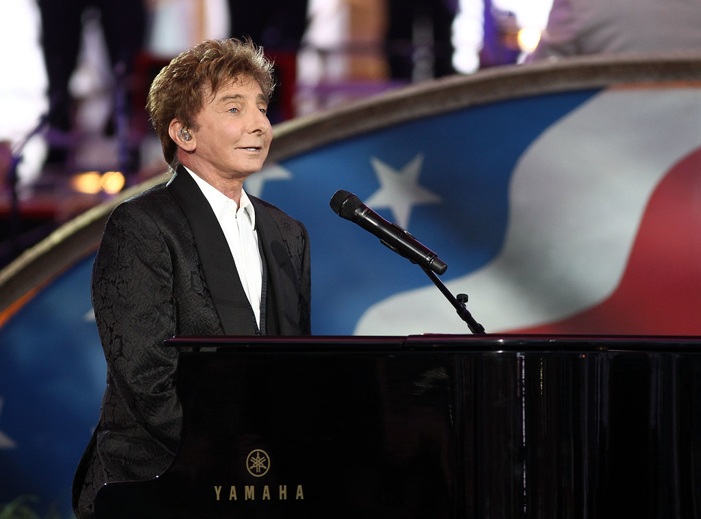 . WASHINGTON, DC - JULY 03:  Music legend Barry Manilow performs at A Capitol Fourth 2015 Independence Day Concert dress rehearsals on July 3, 2015 in Washington, DC.  (Photo by Paul Morigi/Getty Images for Capitol Concerts)