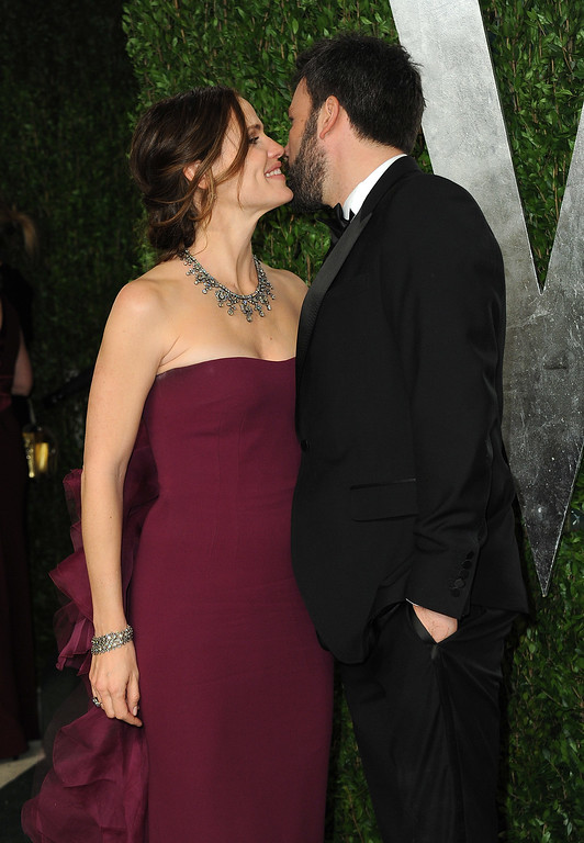 . Jennifer Garner, left, and Ben Affleck arrive at the 2013 Vanity Fair Oscars Viewing and After Party on Sunday, Feb. 24 2013 at the Sunset Plaza Hotel in West Hollywood, Calif. (Photo by Jordan Strauss/Invision/AP)