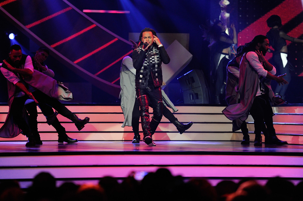 . CORAL GABLES, FL - APRIL 27:  Ozuna performs onstage at the Billboard Latin Music Awards at Watsco Center on April 27, 2017 in Coral Gables, Florida.  (Photo by Sergi Alexander/Getty Images)