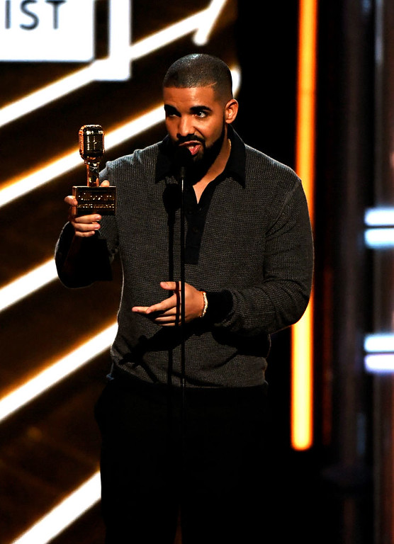 . LAS VEGAS, NV - MAY 21:  Rapper Drake accepts Top Male Artist onstage during the 2017 Billboard Music Awards at T-Mobile Arena on May 21, 2017 in Las Vegas, Nevada.  (Photo by Ethan Miller/Getty Images)