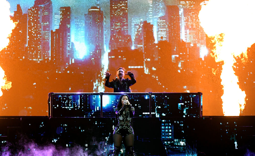 . LAS VEGAS, NV - MAY 21:  DJ David Guetta (top) and rapper Nicki Minaj perform onstage during the 2017 Billboard Music Awards at T-Mobile Arena on May 21, 2017 in Las Vegas, Nevada.  (Photo by Ethan Miller/Getty Images)