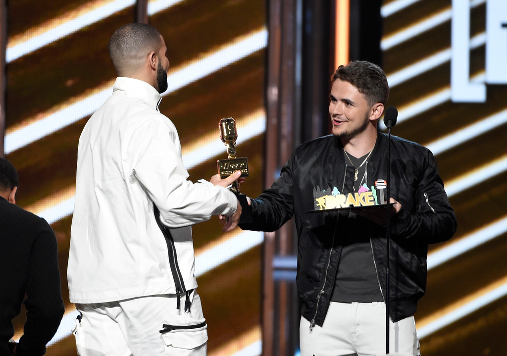 . Prince Michael Jackson presents the top artist award to Drake at the Billboard Music Awards at the T-Mobile Arena on Sunday, May 21, 2017, in Las Vegas. (Photo by Chris Pizzello/Invision/AP)