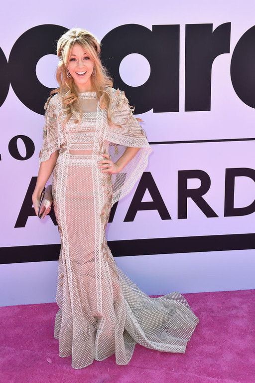 . LAS VEGAS, NV - MAY 21:  Recording artist Lindsey Stirling attends the 2017 Billboard Music Awards at T-Mobile Arena on May 21, 2017 in Las Vegas, Nevada.  (Photo by Gustavo Caballero/Getty Images )