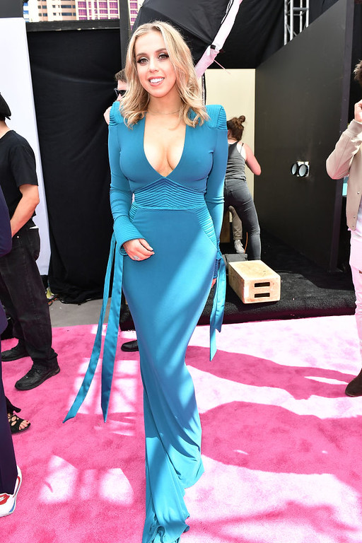. LAS VEGAS, NV - MAY 21:  Internet personality Violet Benson attends the 2017 Billboard Music Awards at T-Mobile Arena on May 21, 2017 in Las Vegas, Nevada.  (Photo by Gustavo Caballero/Getty Images )